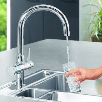 Jetzt Sprudeltu0027s Im Wasserhahn: Die GROHE Blue Küchenarmaturen Mit  Wasserfilter Kühlen, Filtern Und Veredeln Das Wasser Mit Kohlensäure.